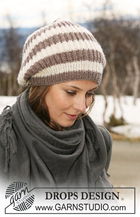 """Knitted DROPS hat in English rib and stripes in """"Karisma"""". For size S/M, requires 100 g colour #1, off-white, and 100 g colour #54, beige mix, knitted using 4 mm and 3 mm circular needles (24"""" long).English Ribs, Slouchy Hat, Knits Drop, Drops Design, Strikket Drop, Drop Design, Knits Hats, Crochet Knits, Drop Hats"""