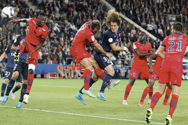David Luiz Akan Mengawal Lini Belakang PSG