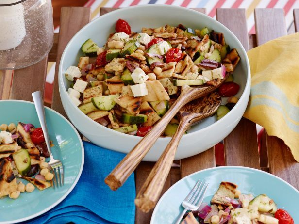 Grilled Greek Panzanella Salad #GrillingCentral #PanzanellaRecipe: Food Network, Panzanella Salad, Salad Recipes, Dinners Recipes, Recipes Grilling, Network Kitchens, Bbb Recipes, Desserts Cakes, Grillingcentr Panzanellarecip