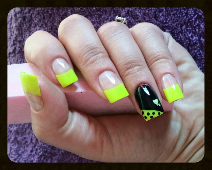 Black and yellow neon nails