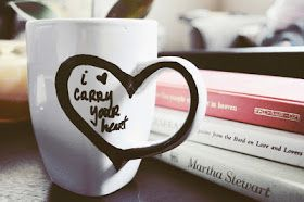 """e.e. cummings inspired DIY mug art: """"I carry your heart"""" design"""