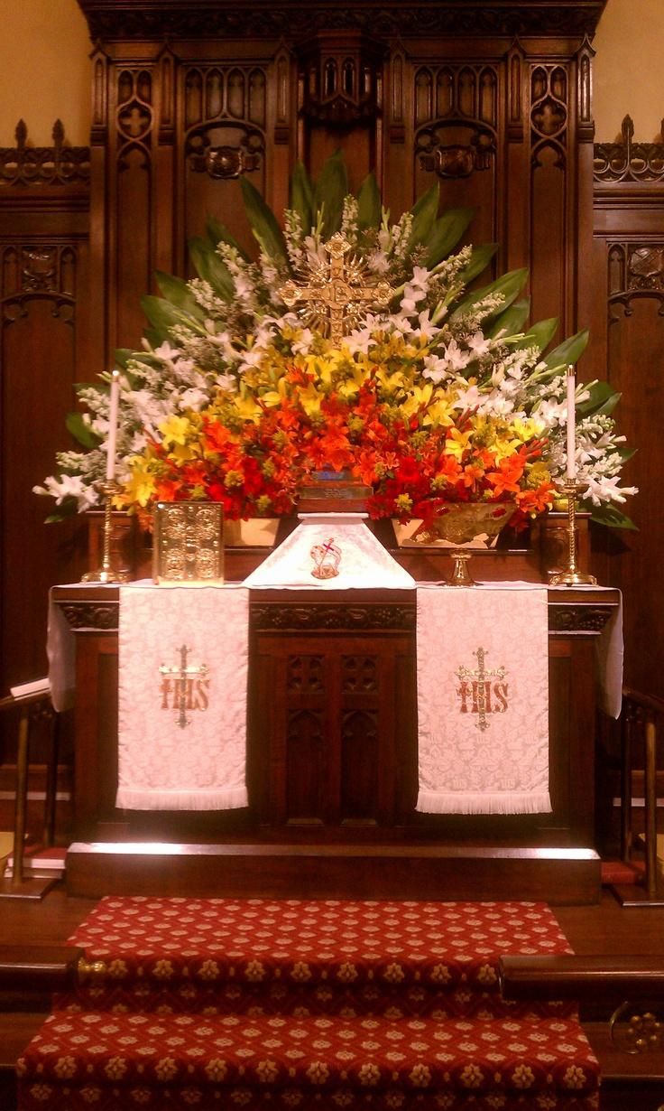 Christmas decoration for church altar altar decoration for Altar decoration ideas