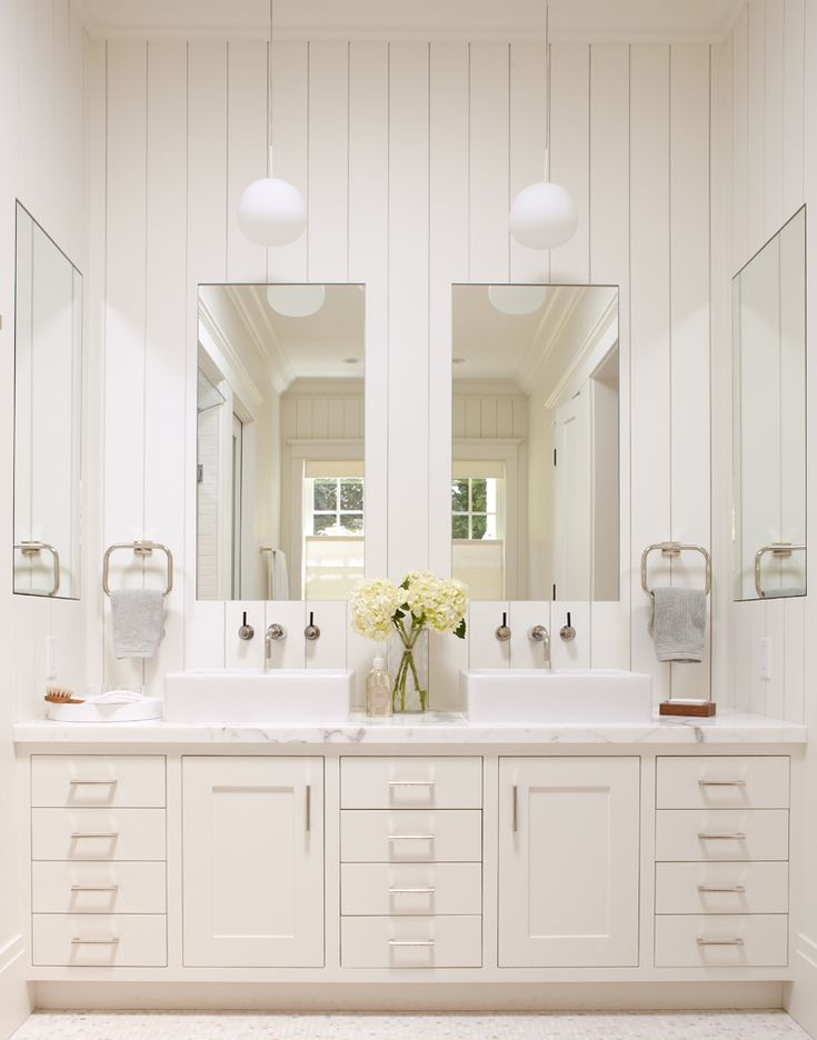 Shaker Style Bathroom Calacatta Marble Counter Top And