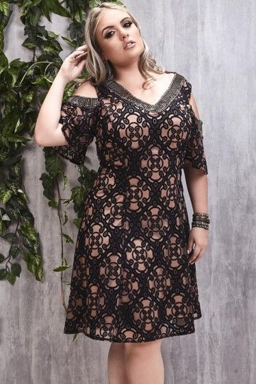 Vestido Plus Size Tule Barroco