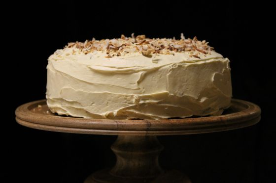 A cake for the man in your life! Spice Cake with Whiskey Soaked Figs by Double Dutch. Perfect for Father's Day, birthdays or anniversaries.  http://double-dutch-blog.com/2015/02/20/forget-those-new-years-resolutions-just-eat-spice-cake-with-whiskey-soaked-figs/