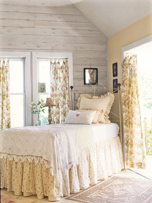 ❥Love the white walls and ceilings with a touch of color , any color