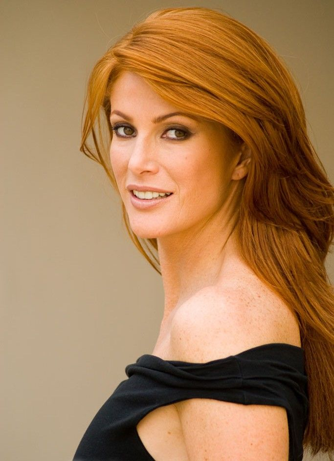 Angie Everhart is an American Hollywood actress and fashion model.