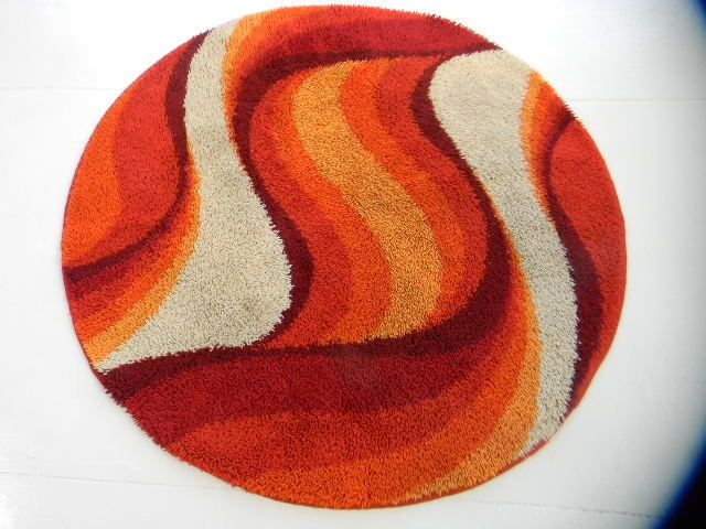Sold Round Orange Psychedelic Mid Century 70s Knoll Era Mod Rug 050 Decor Carpets Rugs In 2018 Pinterest And Midcentury