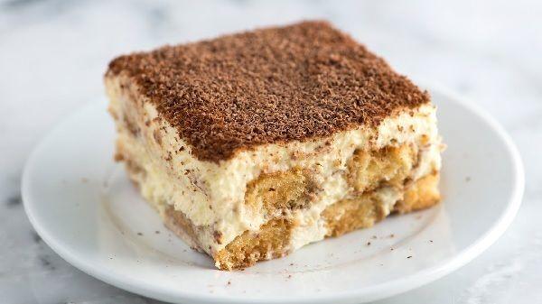 Receita de Tiramisu Fácil com Cream Cheese - Receita Toda Hora