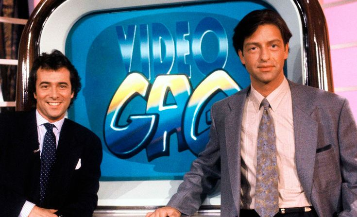 VidéoGag est née en juillet 1990 et s'est arrêtée en juin 2008. Présentée par Bernard Montiel et Alexandre Debanne (puis par Alexandre Delpérier, Olivia Adriaco et Sébastien Follin), l&rsquo…