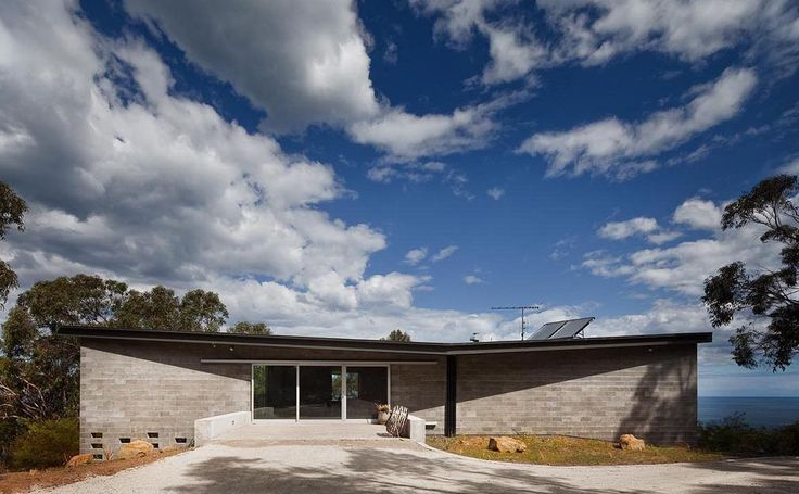 Kerstin Thompson Architects: House at Big Hill