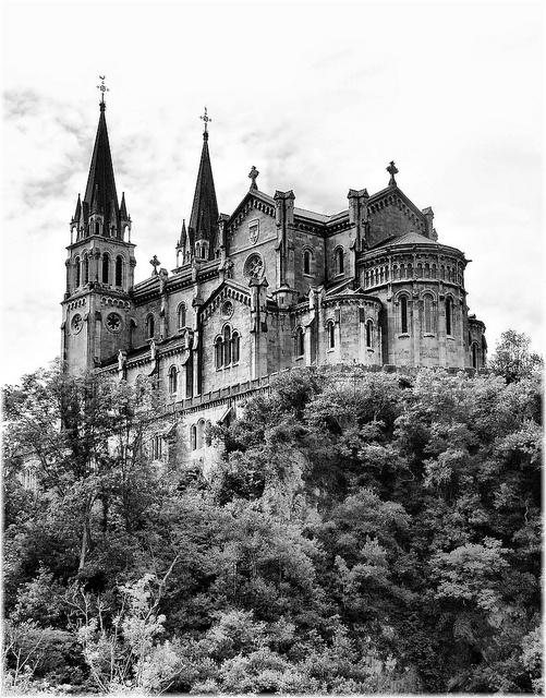Basilica de Covadonga (Asturias)