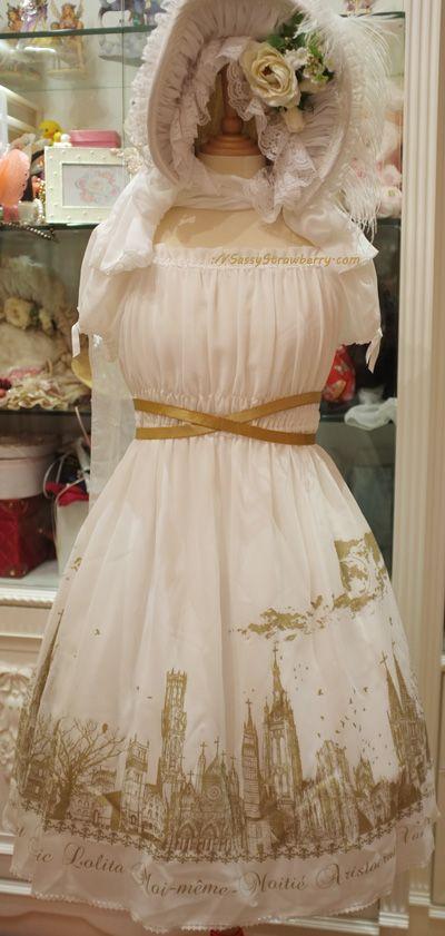 Minus the hat, I love the dress