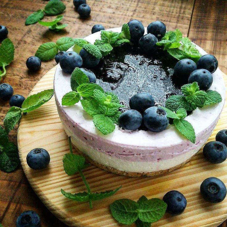 ギリシャヨーグルトで夏ケーキ。ブルーベリーヨーグルトムース