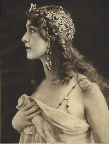 "Lina Cavalieri in the title role of ""Thais"" by Jules Massenet, 1907. Source: Opera National de Paris via Bloomberg"