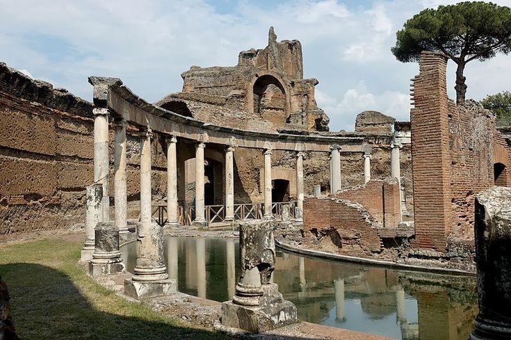 A Vila Adriana (Villa Hadriana em latim) é um antigo complexo palaciano construído, no século II, para o imperador Adriano, um amante das artes.