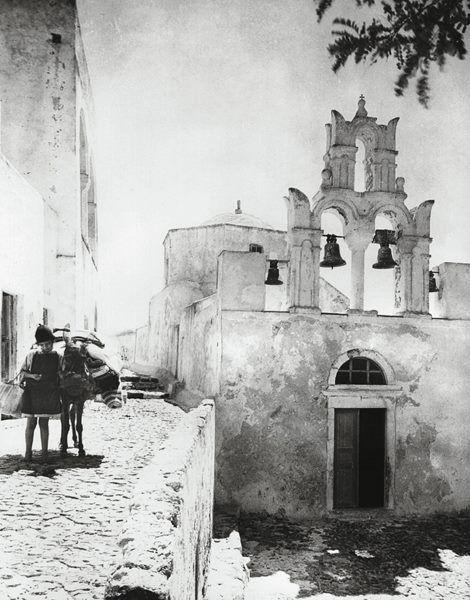 Σαντορίνη,δεκαετία '20, με τον φακό της Nelly's