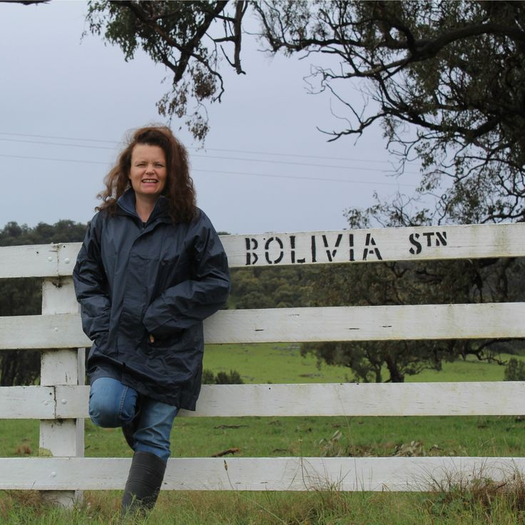I am working on a couple of pieces for the next edition of New England Living Magazine (it is going to be a bumper edition for Tenterfield so stay tuned!). Headed to Bolivia Station today to meet up with the lovely Fran Bulmer to talk about the Bolivia Station Homestead. Must admit, thinking of a previous life I got a real kick out of my 'work shoes' of gumboots!