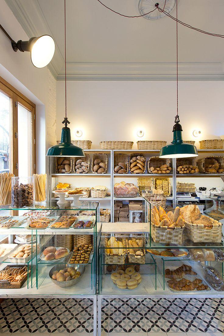 La panadería y cafetería Pancomido en Madrid - AD España, © Jara Varela www.revistaad.es                                                                                                                                                                                 Más