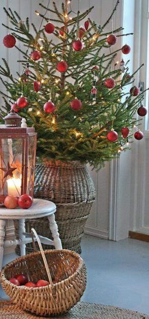 Rustic, simple Christmas