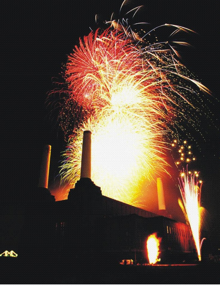 Fantastic Fireworks in action at Battersea Power Station
