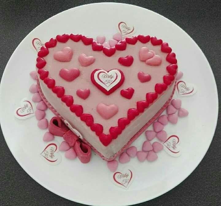 242 best Lovers cake images on Pinterest
