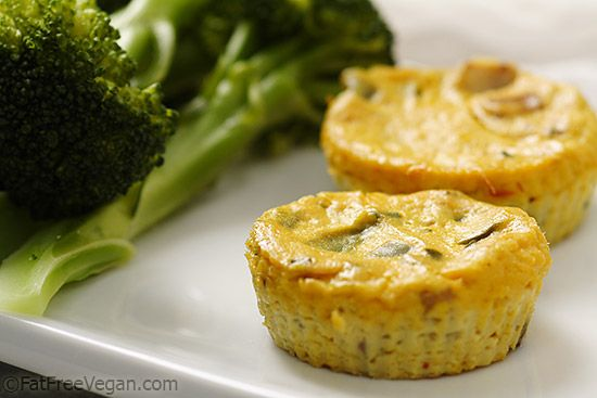 Mini Crustless Tofu Quiches - low-calorie and delicious vegan breakfast or appetizer.
