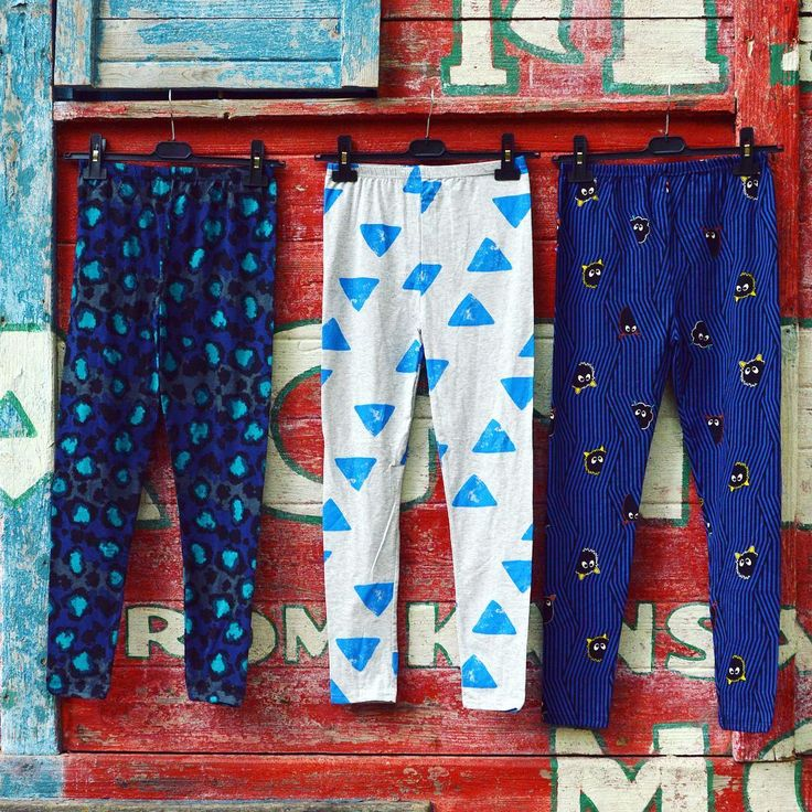 These legs were made for dancing / printed leggings collection szputnyikshop blue design