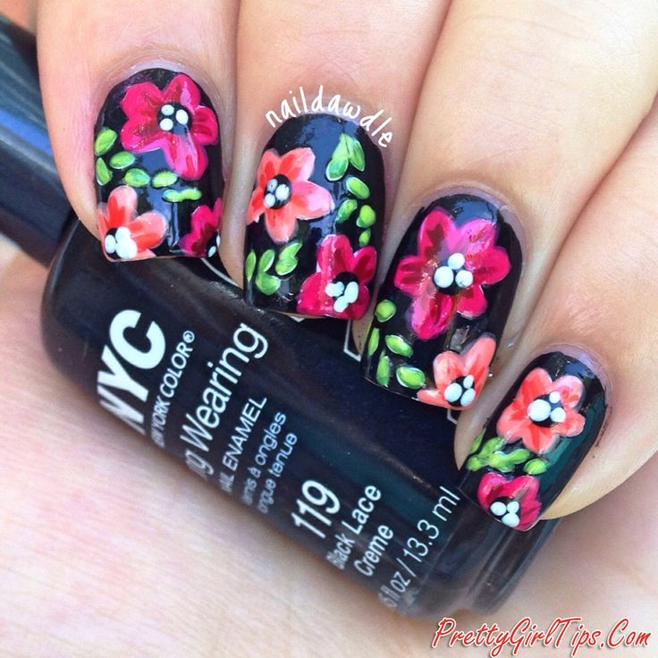 @prettygirltips Black Nails with Flowers