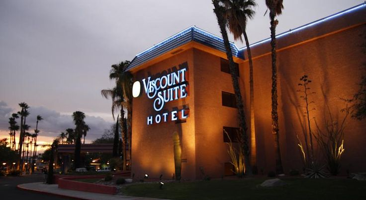 Viscount Suite Hotel Tucson Only 12 miles from Tucson International Airport, this all-suite hotel features free Wi-Fi, a daily hot breakfast buffet, a fitness centre and heated outdoor pool and hot tub. Tucson city centre is 4 miles away.