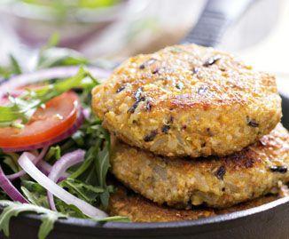 Ricetta vegan: burger di quinoa sano e veloce