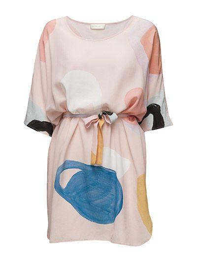 Klikk her for å se og kjøpe STINE GOYA Anthias Dress, Palette Soft (Palette Soft) på Boozt.com - til 3100 kr. Ny kolleksjon fra STINE GOYA! Rask levering, enkel retur og sikker betaling.