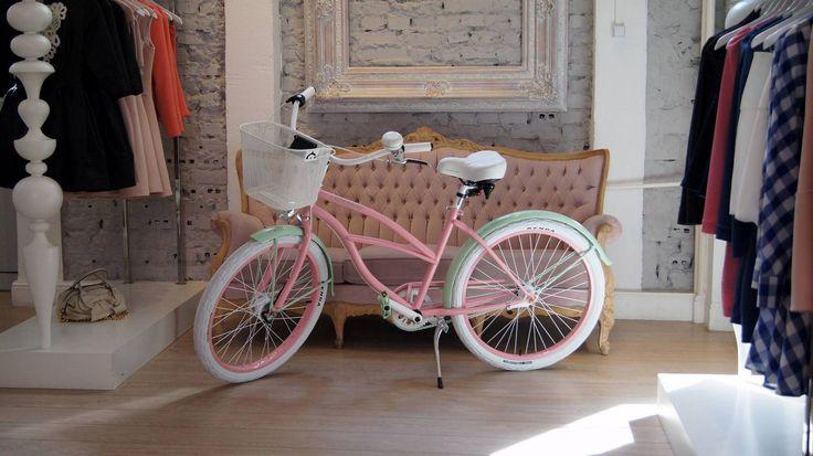 Moonbikes & Bizuu #bikes #moonbikes #bike #cute #bizuu #fashion #pink