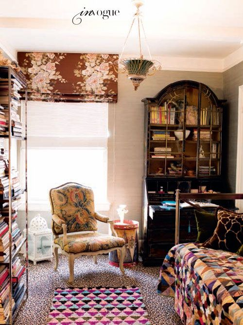 I'm looking for a chair like this...: Small Bedrooms, Hamish Bowls, Guest Bedrooms, Bedrooms Design, Interiors Design, New York Apartments, Living Australia, Vogue Living, Bedrooms Decor