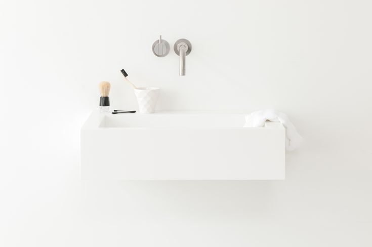 Form & Form Light handrinse • Not Only White