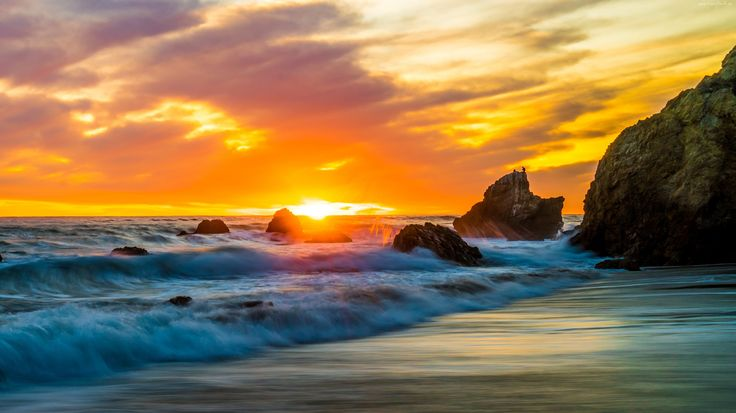 Zachód Słońca, Fale