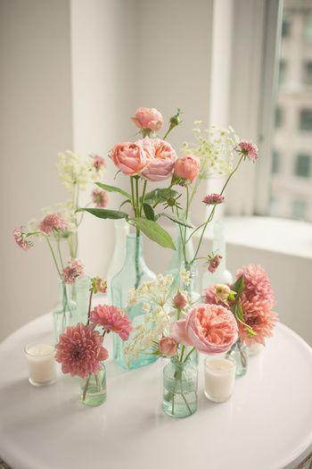 花が萎れてしまう大きな原因は「水不足」だと言われています。植物は花や葉から常に水分を蒸発しているので、水分をうまく吸収させる事が大事なようです。