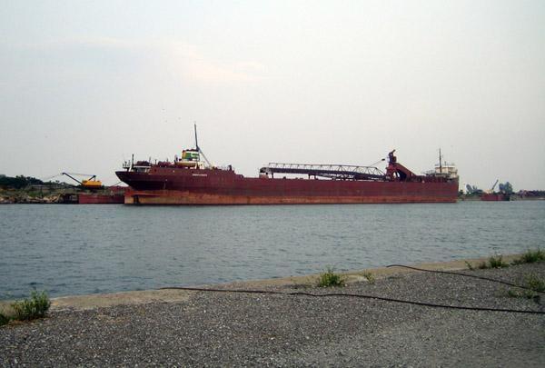 Ship Salvage:  Port Colborne