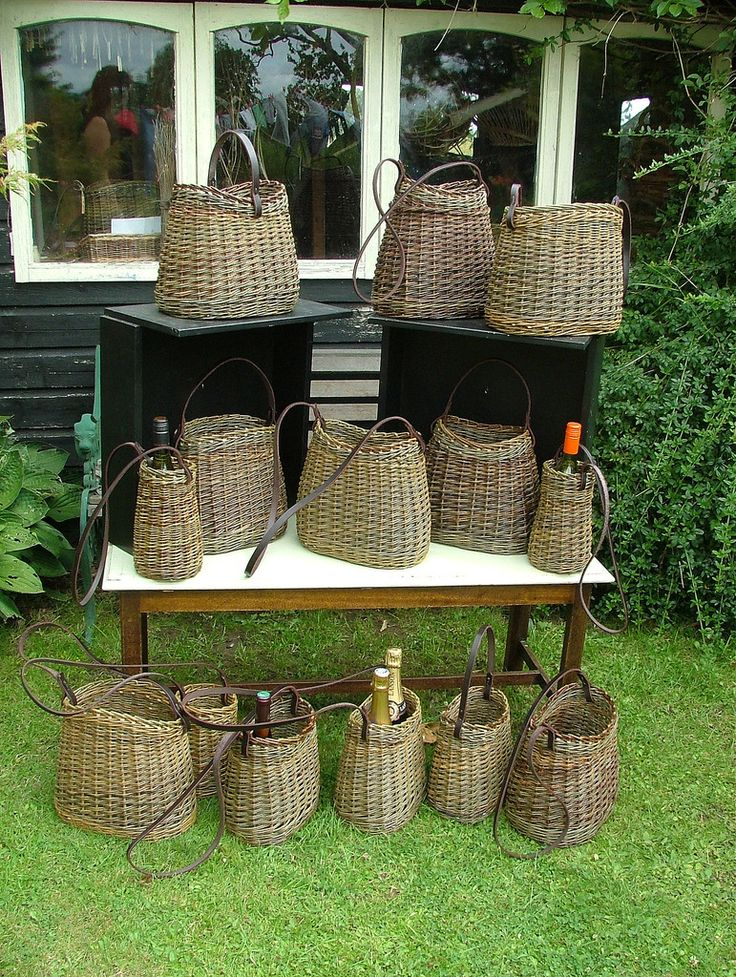 View pictures from our contemporary baskets