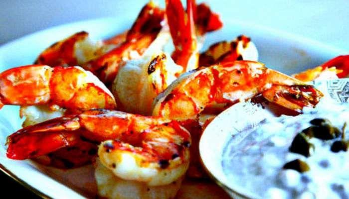 Les 8 meilleurs restaurants où manger des fruits de mer à Montréal | Narcity Montréal