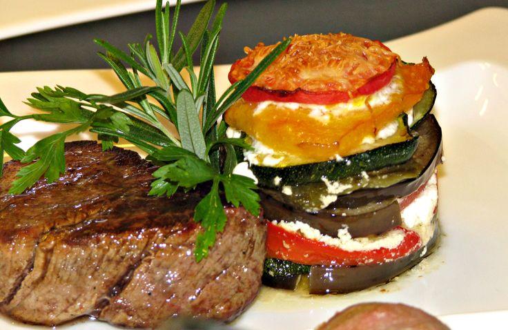 Steak i warzywa zapiekane
