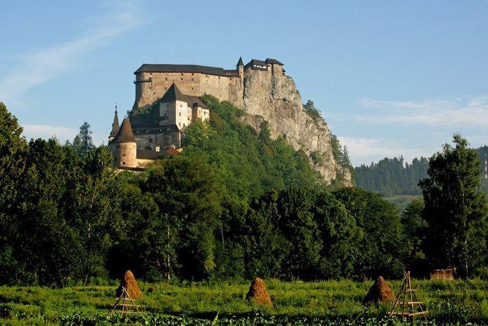 Oravský hrad Castle - Slovakia.travel