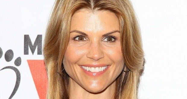 Best 25 Lori Loughlin Ideas On Pinterest Elizabeth