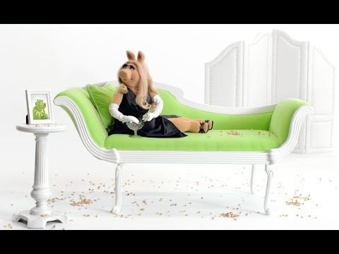 Miss Piggy's Wonderful Pistachios Get Crackin' Commercial