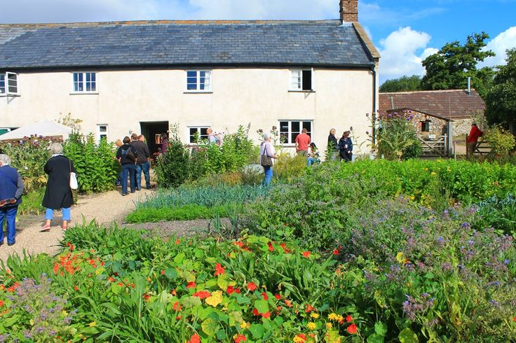 Farmhouse and Kitchen Garden at River Cottage