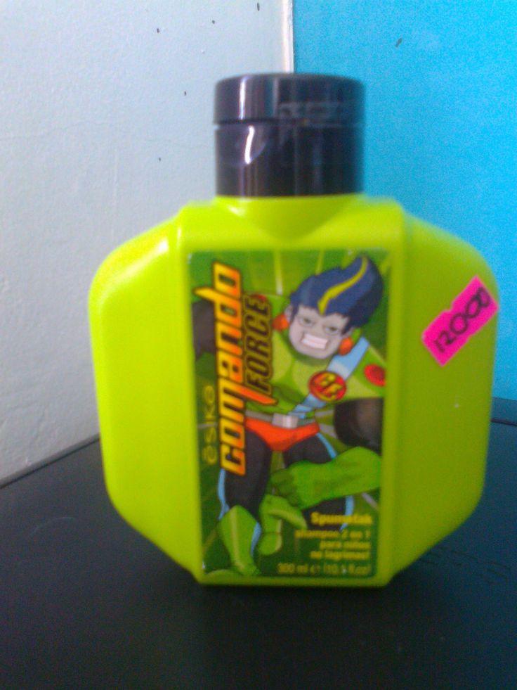 Shampoo para  niños 2 en 1, Máxima espuma que elimina todo rastro de suciedad, Para niños, No Lagrimas!!! $12.000
