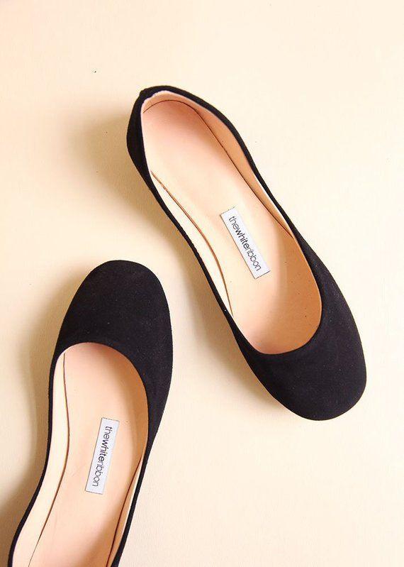 Black Nubuck Ballet Flats In Swan Style In 2020 Fashion Shoes Flats Shoes Black Leather Ballet Flats