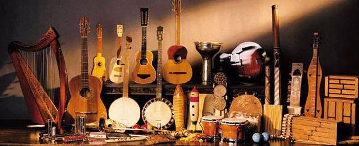 Music Center – Fone Fixo: (62) 3609-0331 / Claro (WhatsApp) – 9313-0802 / Tim: 8191-0031   Profª. Keyla CostaMusic Center – Fone Fixo: (62) 3609-0331 / Claro (WhatsApp) – 9313-0802 / Tim: 8191-0031   Profª. Keyla Costa