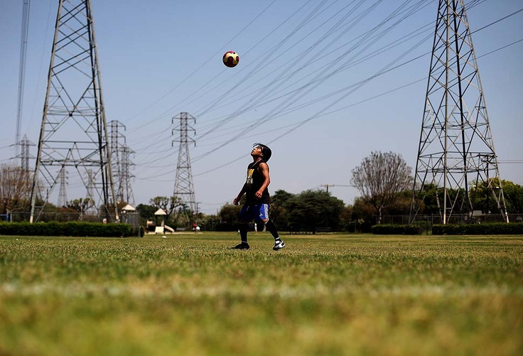 CARSON — CARSON, CA - APRIL 18, 2010: Marlon Alexander Lux Bal kicks the soccer ball around before a practice at a park in Carson. (Katie Falkenberg / For The Times)