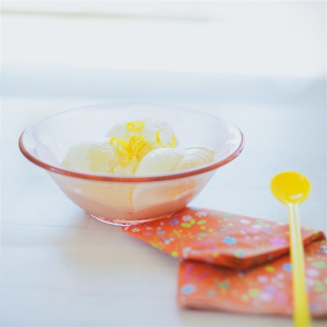 Refreshing lemon ice cream made without a machine. Recipes can be so easy.